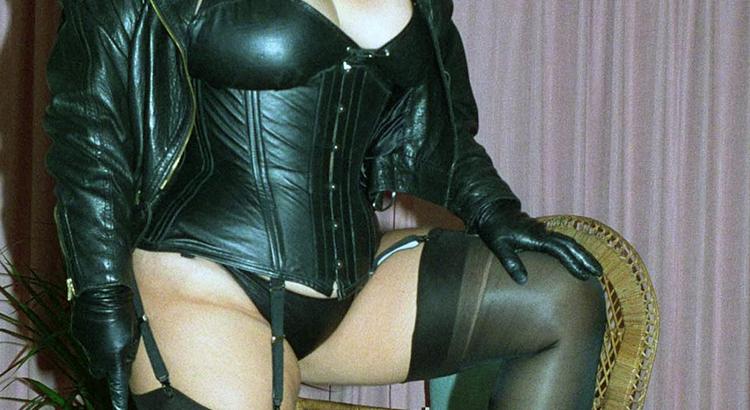 Sexy Mistress BBW vuole fare sesso intenso